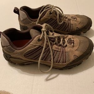 Merrell Hiking Sneakers Womens Size 9 Tan & Brown